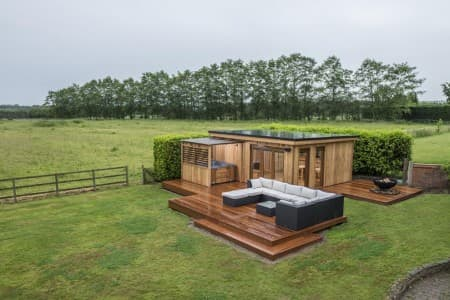 Quality Garden Room, Handcrafted by Crown Pavilions