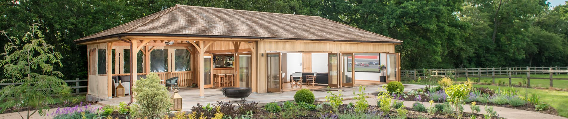 Stunning Cinema Cedar Garden Room