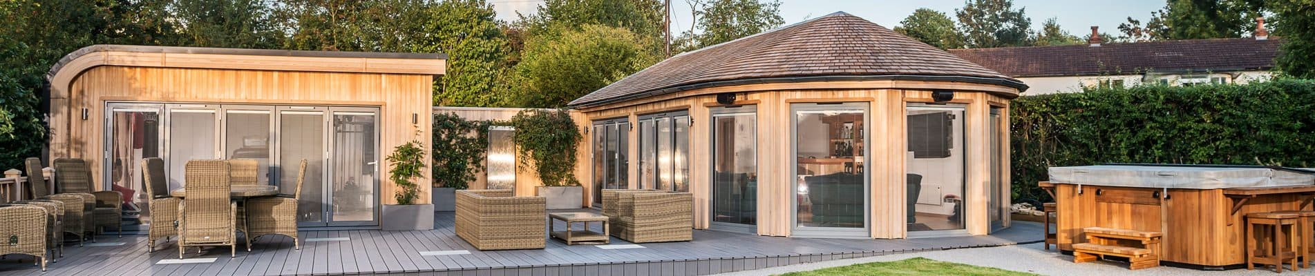 Bespoke Garden Room by Crown Pavilions
