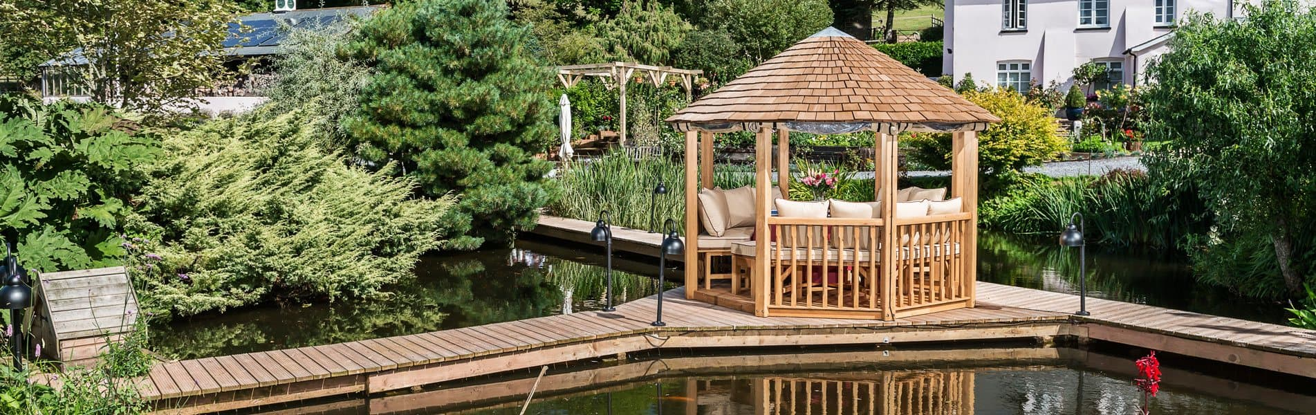 Luxury Wooden Guinevere Pavilion