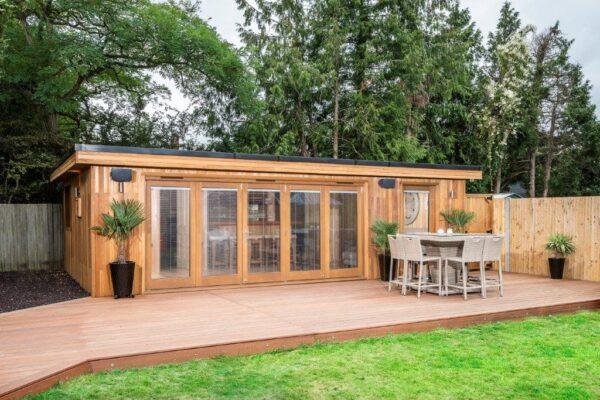 Garden Room with Additional Storage