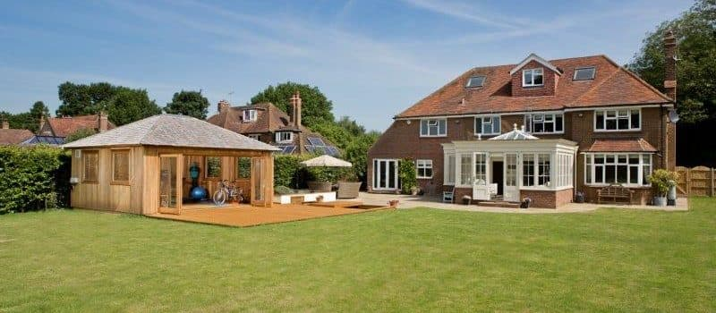 What is the difference between a conservatory and garden room?