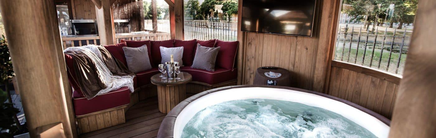 Hot Tub Slider 2