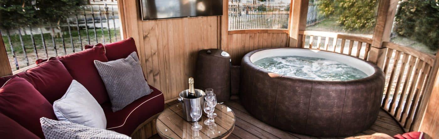 Hot Tub Slider 1