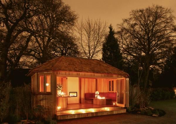 Crown Bespoke Garden Room