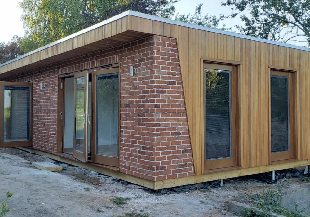 Clarence Garden Room With Brick Finish