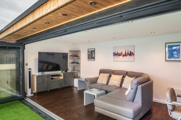 20 Best Garden Room Furniture & Decorating Ideas